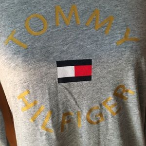 Tommy Hilfiger graphic top